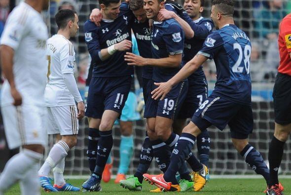 Vertonghen abrió el marcador y Gareth Bale sumó otro en el...