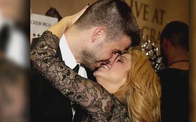 Shakira sorprendió con su intensos besos tras bastidores con pareja Gera...