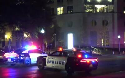 Muere mujer atropellada al tratar de cruzar la calle en el centro de Dallas
