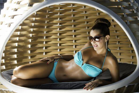 Antes de derrochar glamour en Premio Lo Nuestro, Ninel sacó su bikini má...