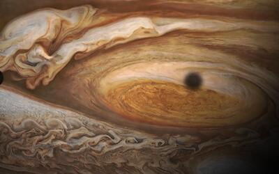 En video: Los impresionantes ciclones polares de Júpiter