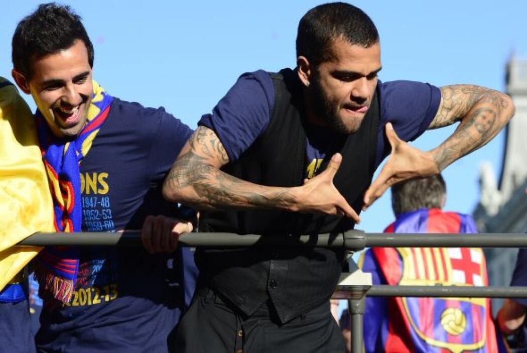 Dani Alves fue de los más activos, hasta se atrevió a hablar de Mourinho...
