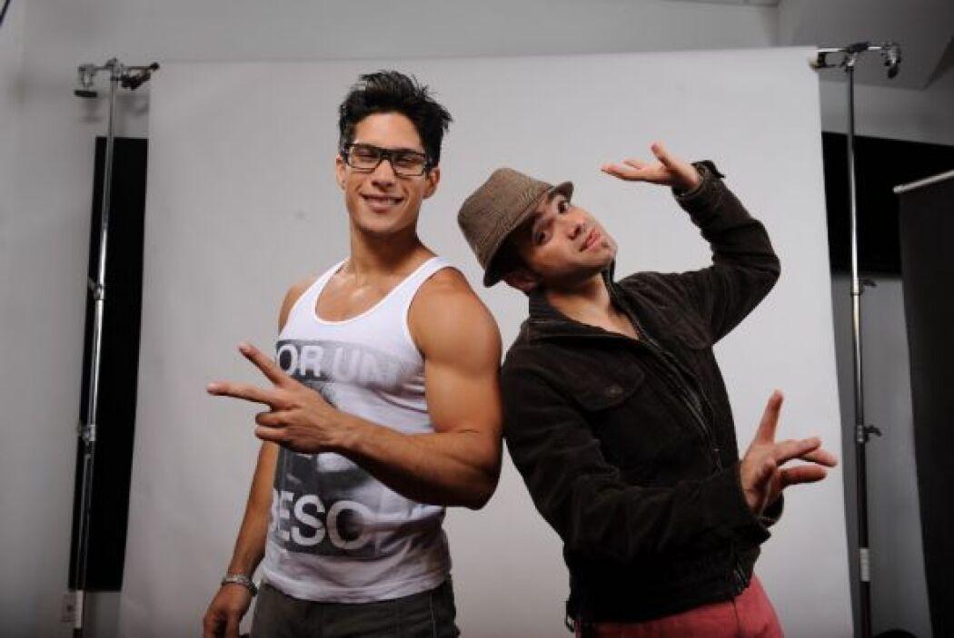 Chino y Nacho sí saben tener un look de artistas. ¿Te gusta su imagen?