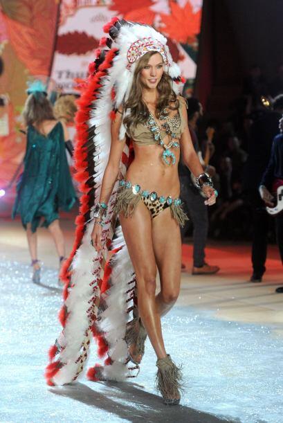 Victoria's Secret Fashion Show es un evento multicultural que promueve l...
