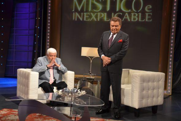 El experto en el fenómeno OVNI habló con don Francisco sobre asuntos más...
