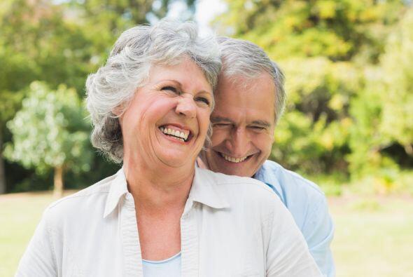 Además reír fortalece tu sistema inmunológico. La risa beneficia a todas...