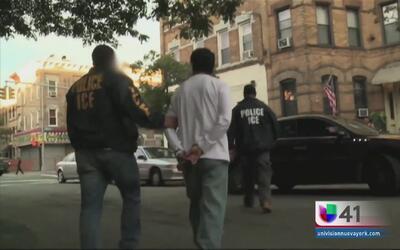 Ayuda para casos de deportación de hispanos