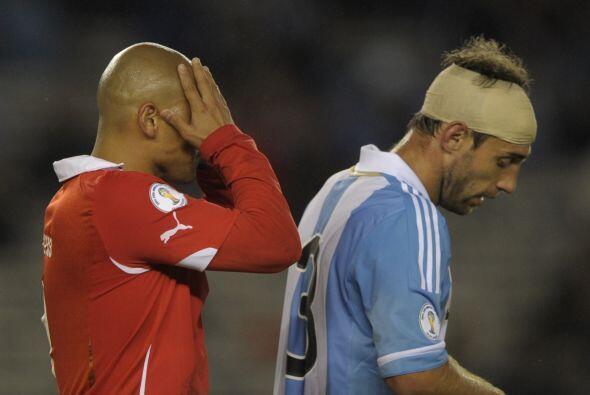 Sí señor, Chile no pudo ante Argentina y 'Chupete' Suazo q...