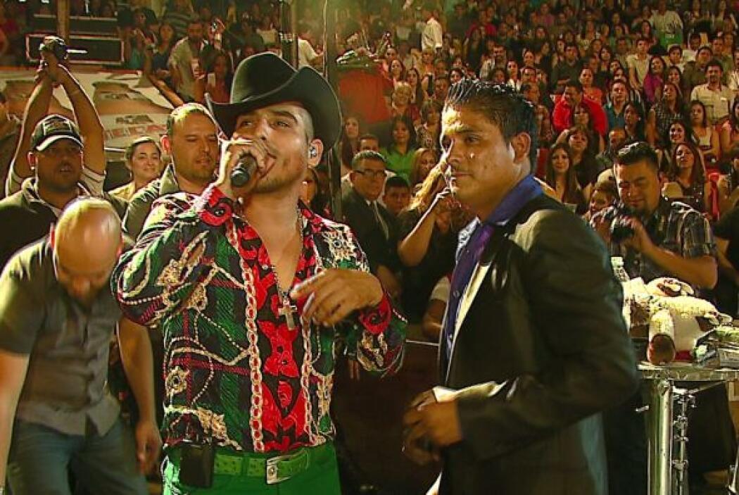 Ahora no solo lo conoce, sino que han cantado juntos.