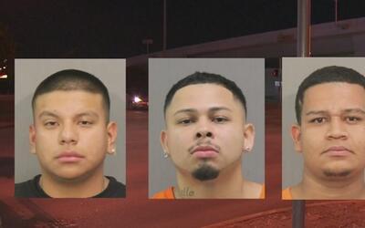 Policía de Tomball atrapó a sospechosos de dispararle a una joven en la...