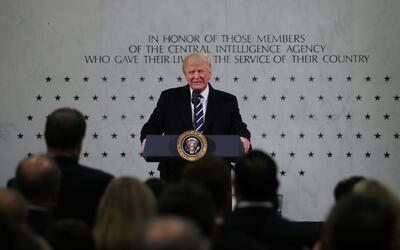 Así fue el primer día completo de Donald Trump como Presidente de los Es...