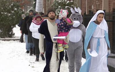 Residentes marcharon para construcción de vivienda pública en Logan Square
