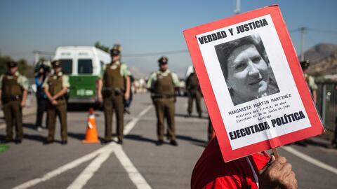 Activistas de derechos humanos y familiares de las víctimas de la...