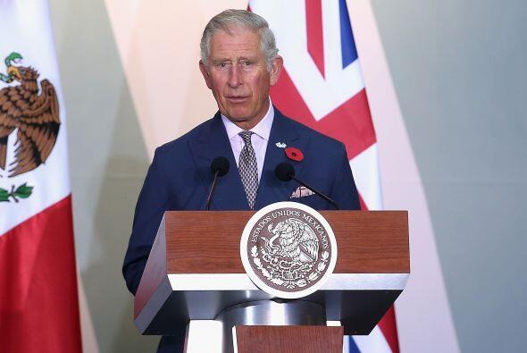 El príncipe Charles habló un poco sobre su experiencia en México.