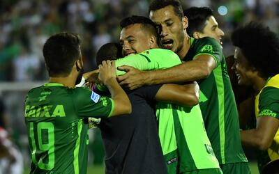 Proclaman campeones póstumos al equipo brasileño Chapecoense