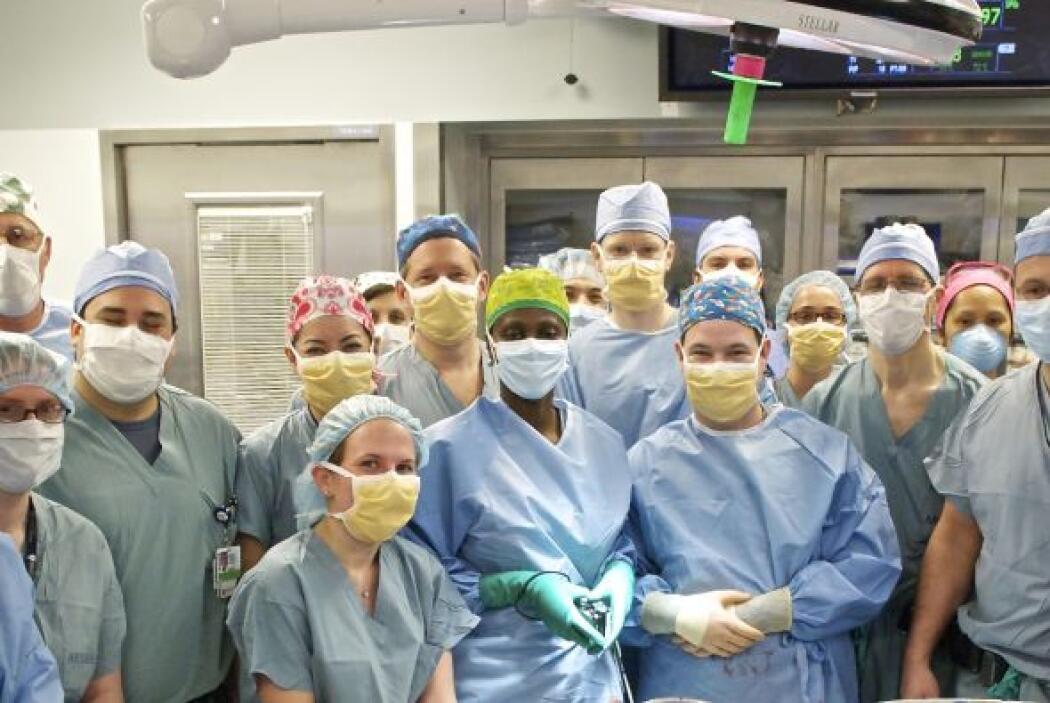 La medicina ha obtenido un nuevo éxito: un transplante de rostro en  Est...