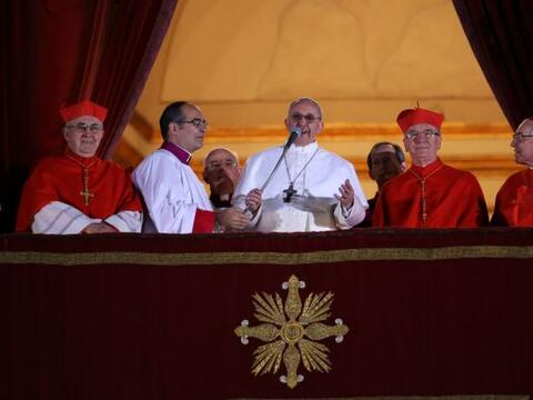 El 13 de marzo: Jorge Mario Bergoglio fue elegido en el cónclave...