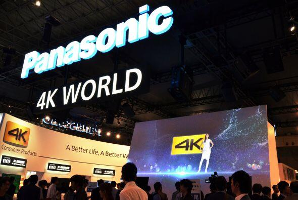6. La compañía multinaconal Panasonic Corp. no sólo...