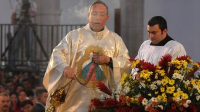 Hay otro gran número de ministros de la Iglesia Católica que también han...
