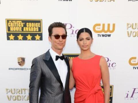 Las estrellas de Hollywood están luciendo sus mejores galas.  Est...