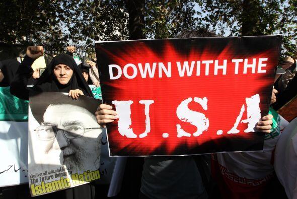 Hasta en Irán, las mujeres salieron a las calles en protesta contra el p...