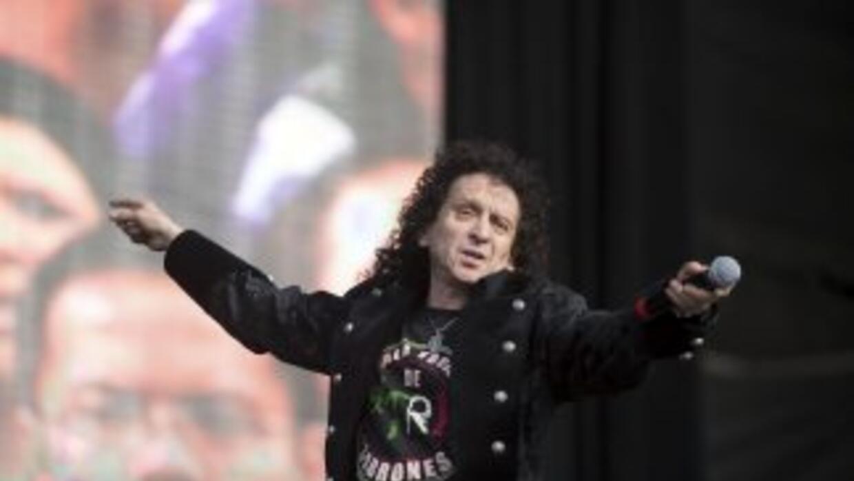 Alex Lora, líder de la banda de rock El Trí.
