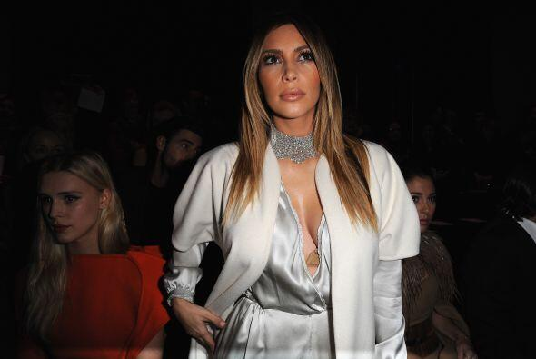 A la ropa de Kim Kardashian le gusta jugar a la seducción, como si no fu...
