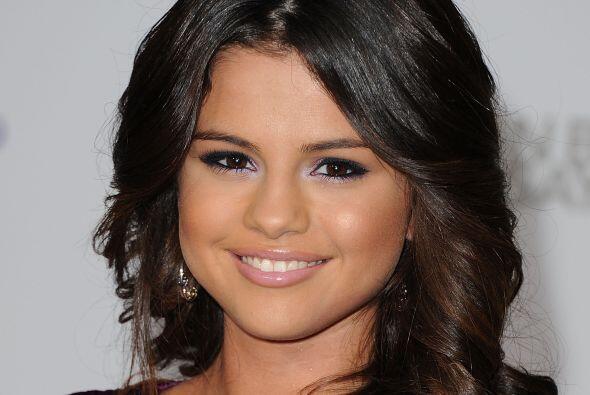 1.-Selena Gómez también nació en Texas, pero en Grand Prairie, su padre...