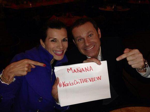 """""""Apoyemos mañana martes 26 de Nov a nuestra @KarlaMartinezTV..."""