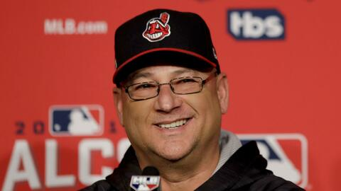 Terry Francona ya ganó dos Series Mundiales con los Red Sox.