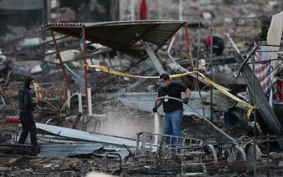 Al menos 26 muertos por la explosión en un mercado de pirotecnia en Tult...
