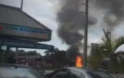 Imágenes de la explosión en gasolinera de Florida que era robada