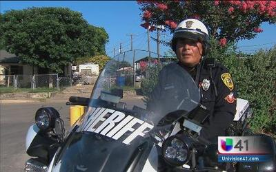 Nuevas cámaras corporales para oficiales en el condado de Bexar