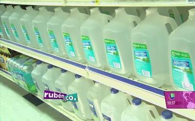 Cuidado de no pagar más por el agua que se vende en los comercios
