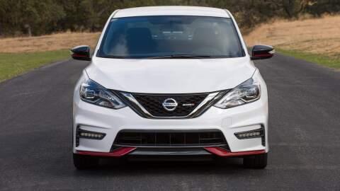 Nissan presenta el Sentra NISMO en el Auto Show de Los Angeles.