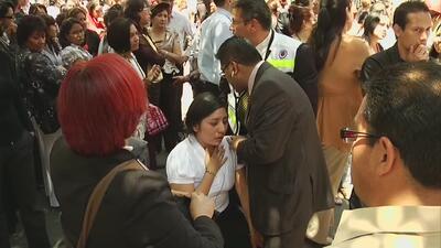Temblor en México fue largo y muy fuerte. Se desplomaron cientos de vivi...