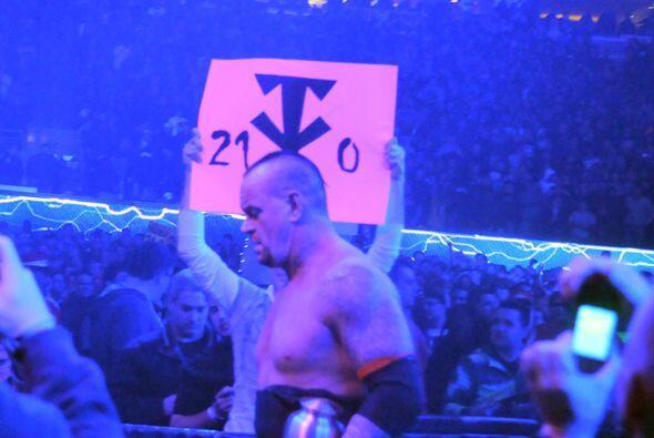 The Undertaker llegó a 21 peleas ganando sin perder, como bien lo señala...