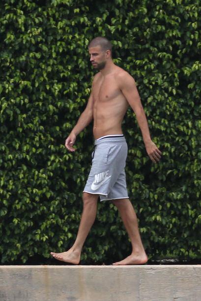 El futbolista se encuentra de paseo por Miami junto a su familia. Mira a...
