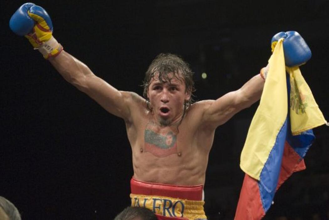 Edwin Valero conquistó los títulos mundiales de peso superpluma de la As...
