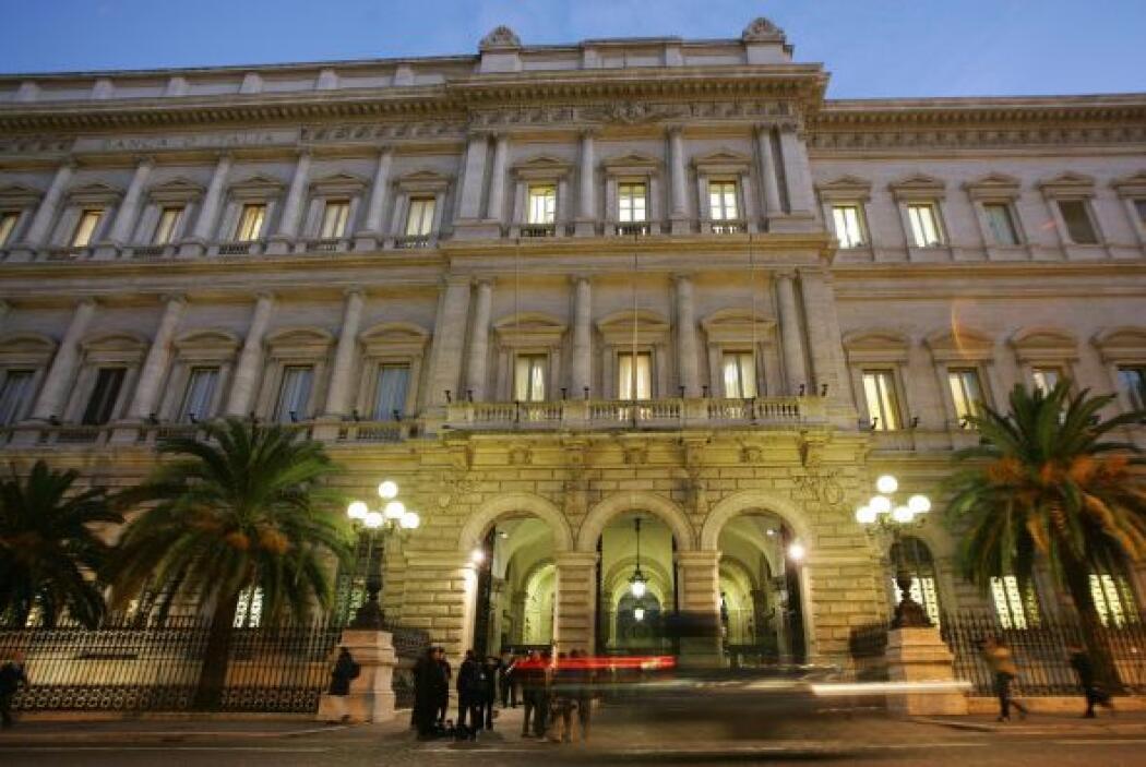 4. ITALIA- Según datos de Consejo Mundial del Oro, Italia cuenta con 2,7...