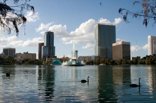 ORLANDO - KISSIMMEE - SANFORD, FLORIDA  Número de empleos en 2013: 1,100...