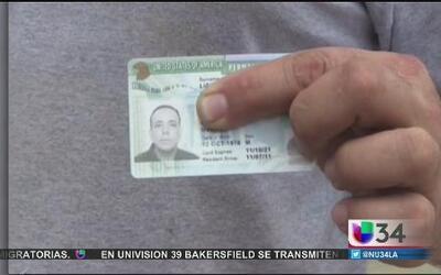 ¡Le pidieron que devolviera su 'green card'!