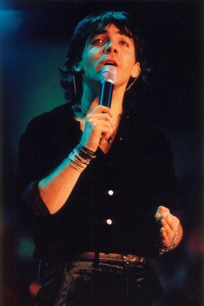 Con los años, el cantante ha aprendido de sus errores.