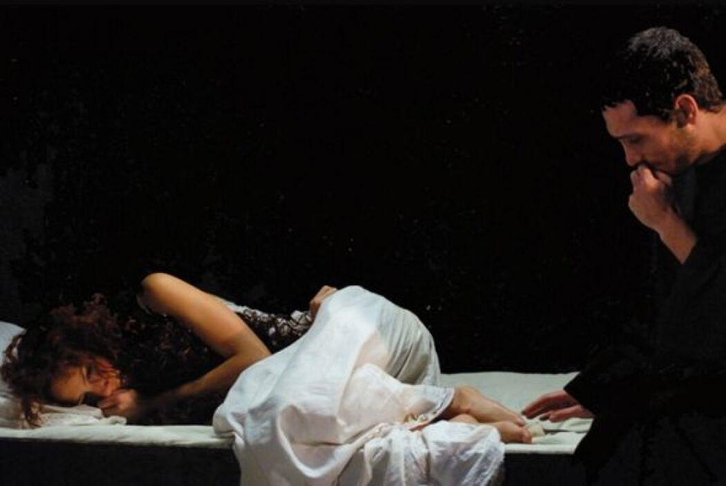Era protagonizada por Pablo Derqui y Eliza Triana, sigue las desventuras...