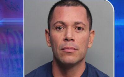Arrestan al hombre acusado de grabar a una mujer desnuda en una cámara d...