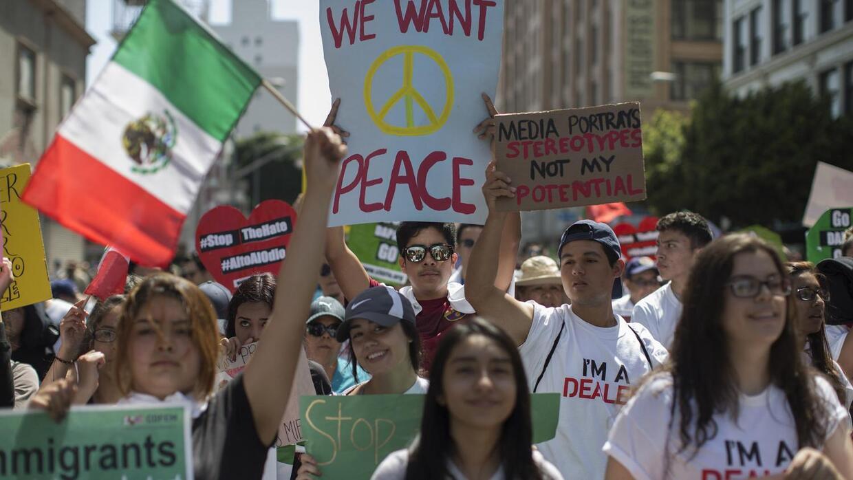 Aumenta el poder político latino en California
