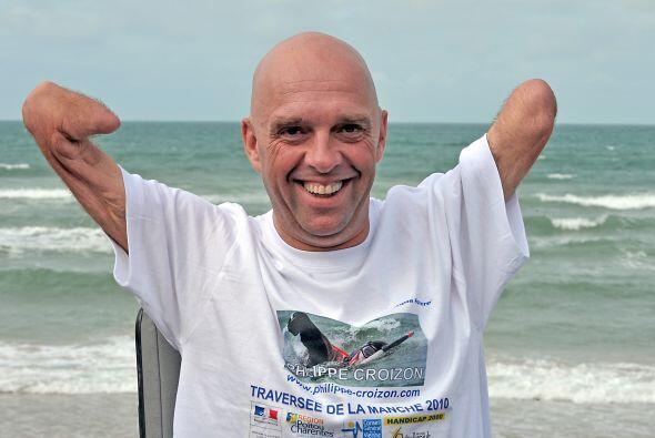 Croizon fue noticia en el 2007 al lanzarse en paracaídas desde un...