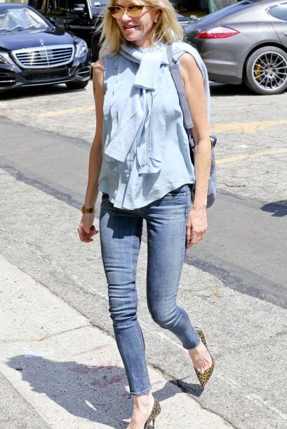 Melanie salió de compras en Los Angeles.Mira aquí los vide...