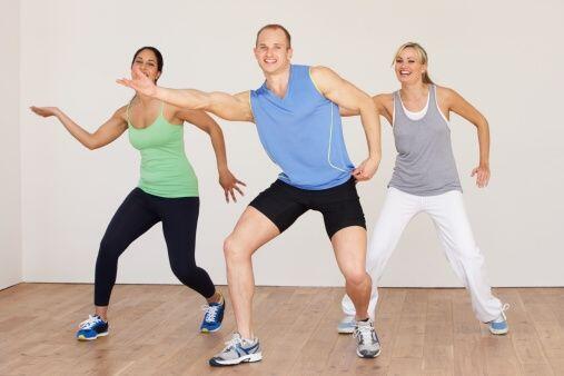 Si bien el baile no es considerado un deporte como tal, es una forma muy...