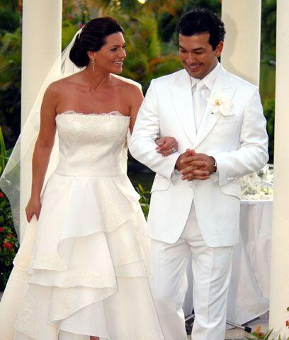 Los espososYa como esposos, Bárbara y Mario se dirigieron al luga...